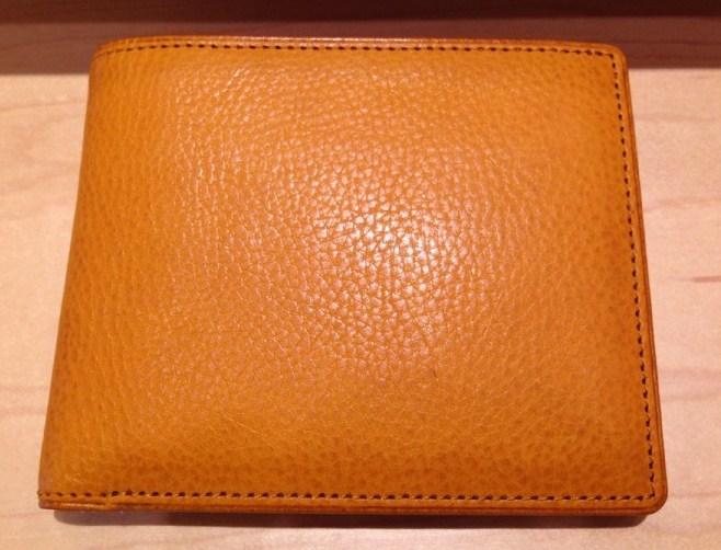 ココマイスターの二つ折り財布、マルティーニアーバンパース