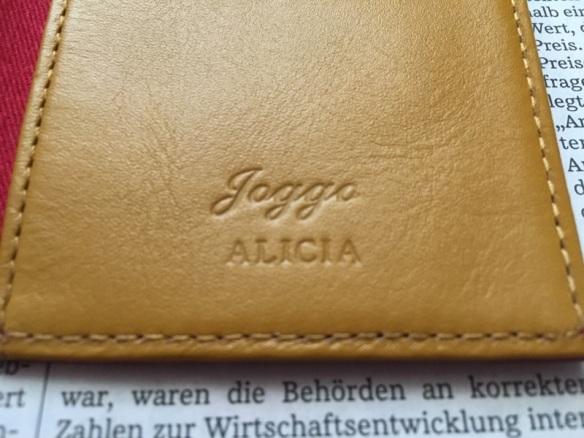 JOGGGOのパスケースの名入れ部分