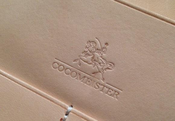 ココマイスター・ブライドルレザーの刻印、ロゴ