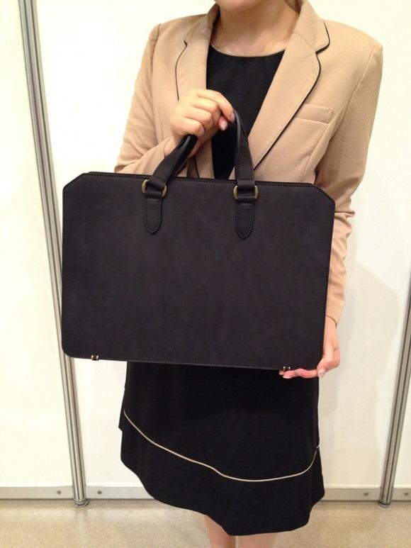 ココマイスターのビジネスバッグ「ナポレオンカーフビジネスボナパルト」
