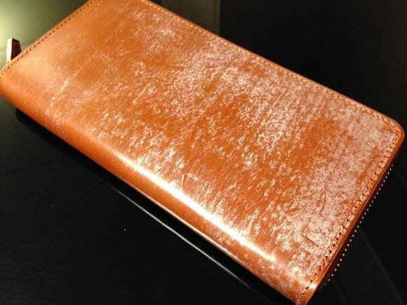 ココマイスターの長財布「ブライドル グランドウォレット」