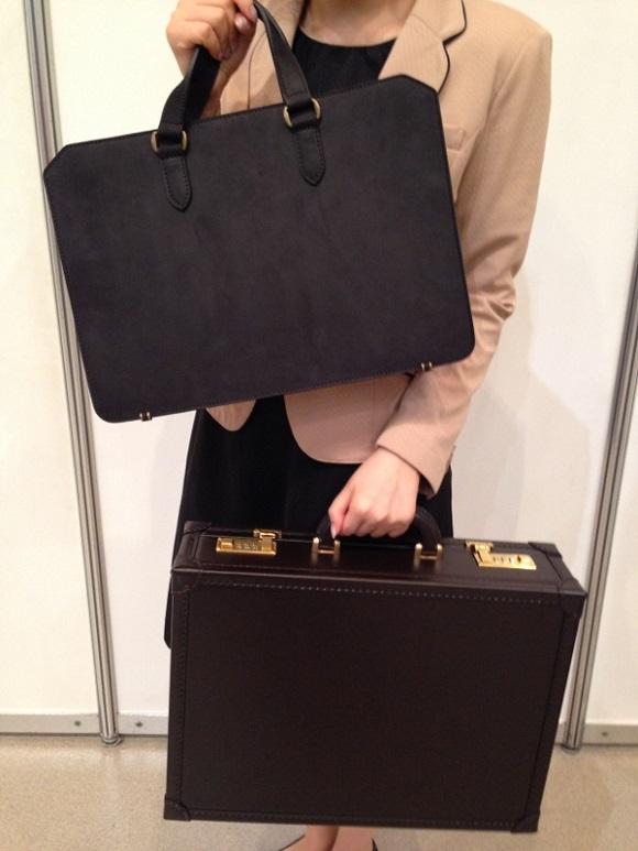 ココマイスターのアタッシュケース「クリスペルカーフオルデンブルク」とビジネスバッグ「ナポレオンカーフビジネスボナパルト」