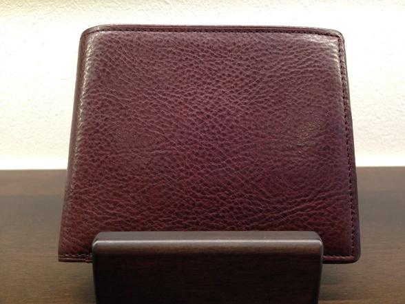 COCOMEISTER・ココマイスターの長財布「マルティーニアーバンパース」ビターチョコ