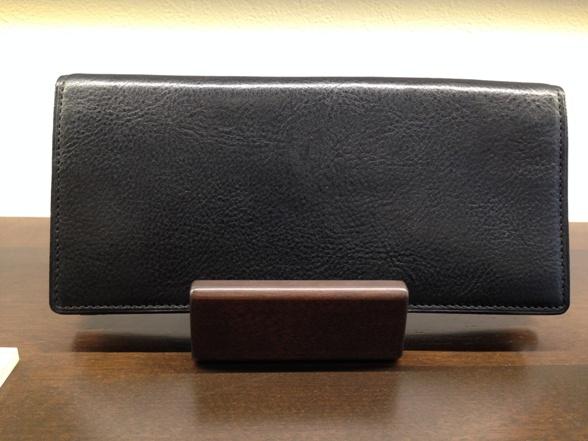 COCOMEISTER・ココマイスターの長財布「マルティーニアーバンウォレット」