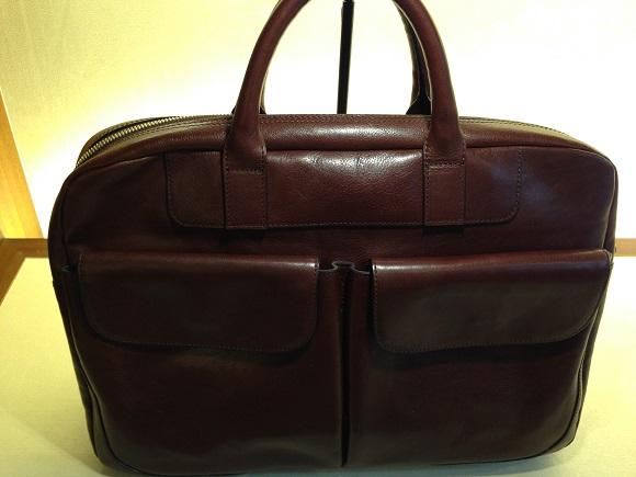 ココマイスターのバッグ「マットーネアルヴィート」