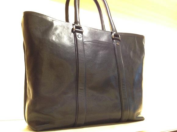 ココマイスターのビジネスバッグ「マットーネガブリエル」オールドブラック