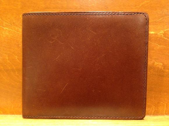 cocomeisterの二つ折財布「パティーナ二つ折り財布」