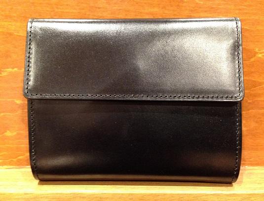 cocomeisterの三つ折り財布「ジョージブライドル ロベルトパース」