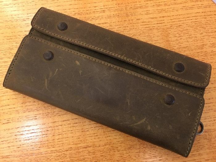 ココマイスターの長財布・ナポレオンカーフアレクサンダーウォレット(オリーブ)