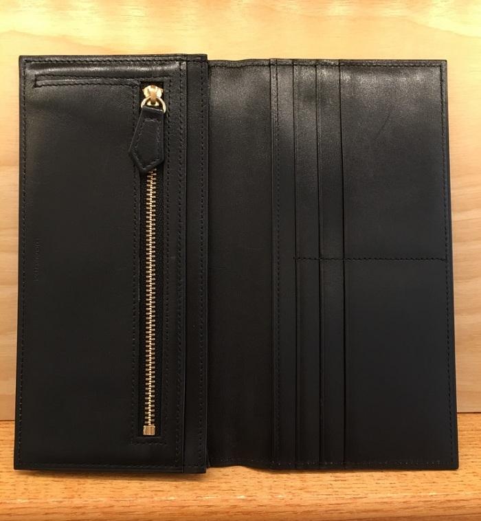ココマイスターの長財布・クリスペルカーフロシュウォレットの内装