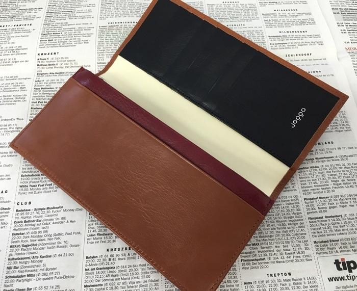 JOGGOの本革長財布の内側