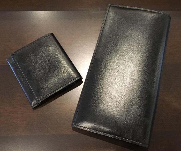 クリスペルカーフロシュウォレット(ロイヤルブラック)とクリスペルカーフコインケース