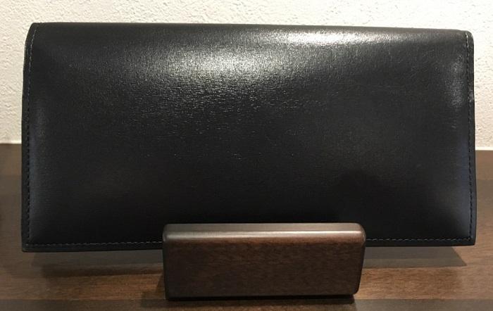 クリスペルカーフロシュウォレット(ロイヤルブラック)・ココマイスターの長財布