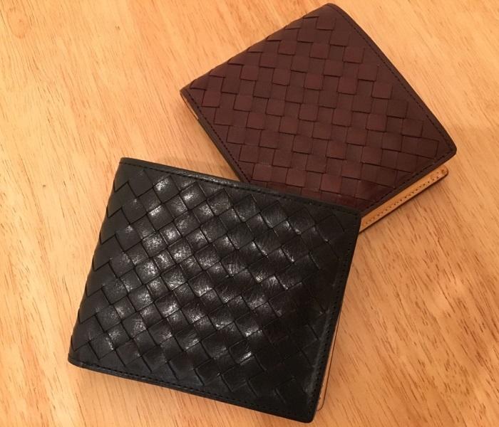 マットーネオリヴェートパース・ココマイスターの二つ折り財布