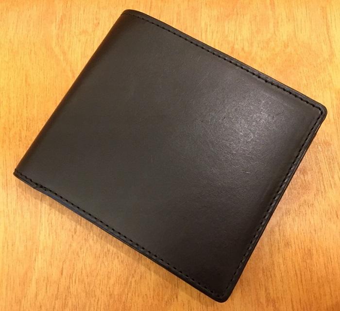 ココマイスターの二つ折り財布・パティーナ二つ折り財布(ブラック)