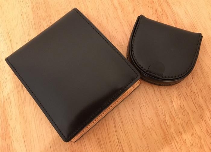 コードバン2つ折り財布とコードバン馬蹄小銭入れ