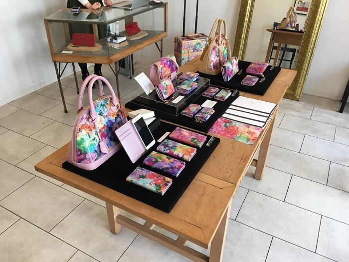 AETHER自由が丘店の店内