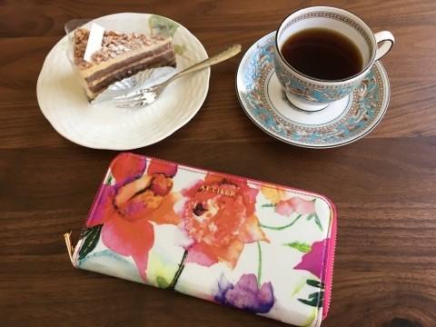 エーテル・AETHERの財布、ピヴォワンヌ・ブーケ