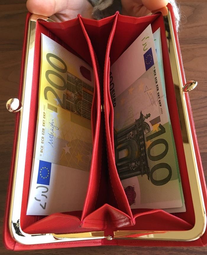 エーテル・AETHERの財布、ルージュ・アネットの札入れ