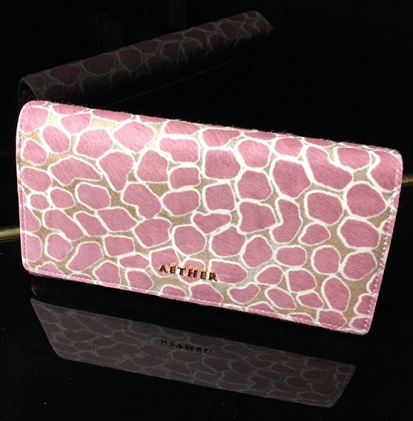 エーテル・AETHERの財布、ロゼ・ジャルダン
