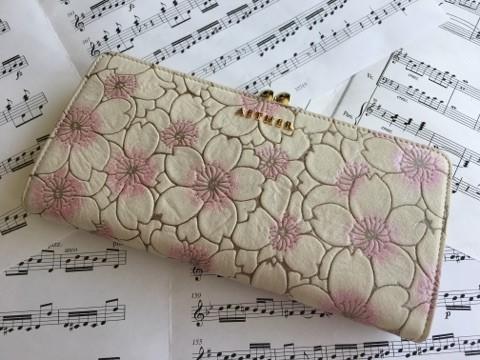 エーテルの財布、サクラ・アネット