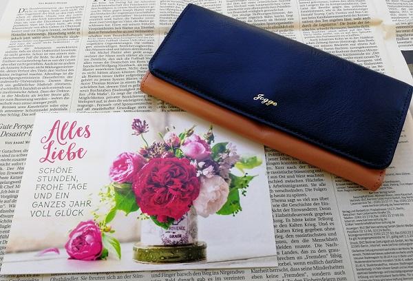 JOGGOのレディースバイカラ―長財布