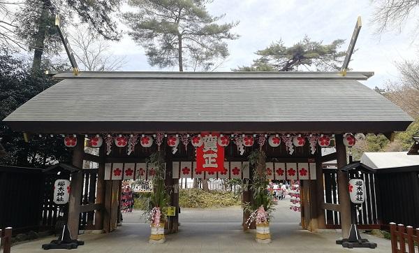 櫻木神社(桜木神社)の神門(〒278-0032千葉県野田市桜台210)