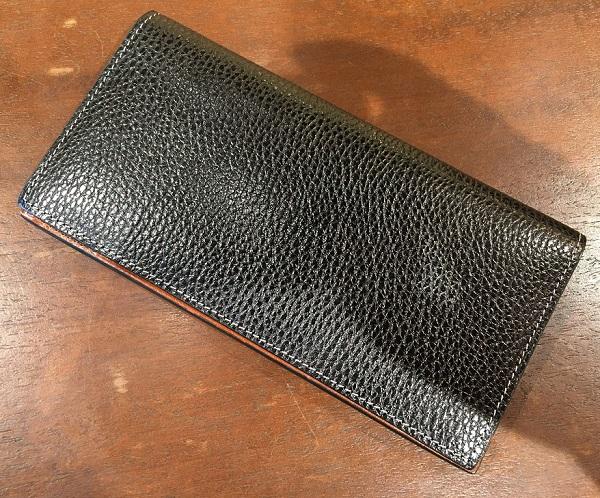 ココマイスターの長財布【ロッソピエトラ薄型長財布】