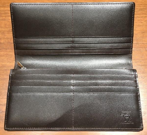 ココマイスターの長財布、カヴァレオドゥマの内装