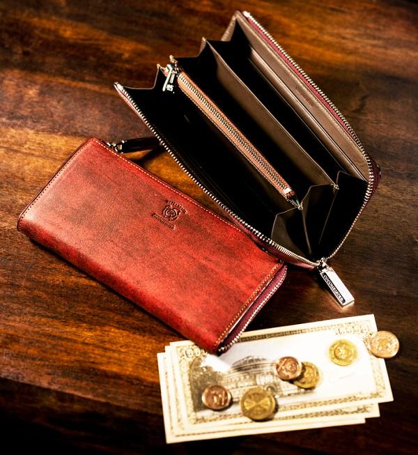 ココマイスターの長財布『ベテルギウスバイエルウォレット』