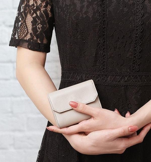 紛失防止タグの付いたLIFE POCKET(ライフポケット)のなくさない財布